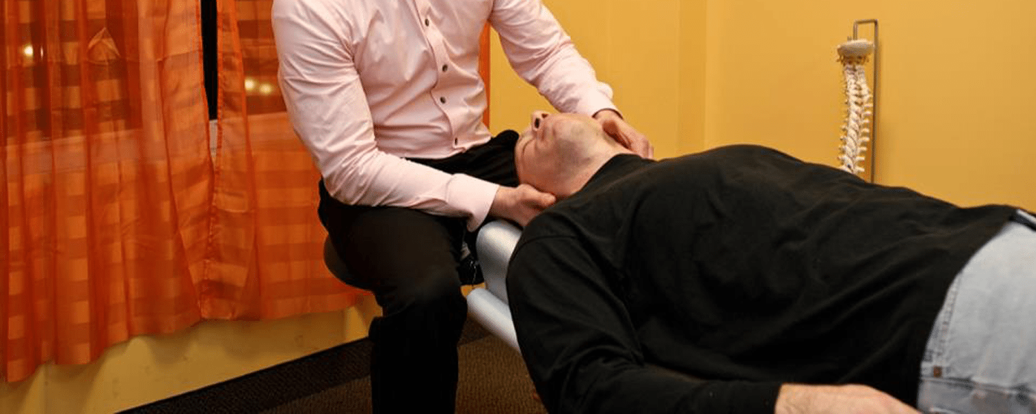 chiropractor adjustment neck
